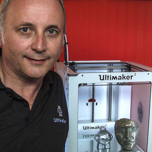 Steve Cox with an Ultimaker 2